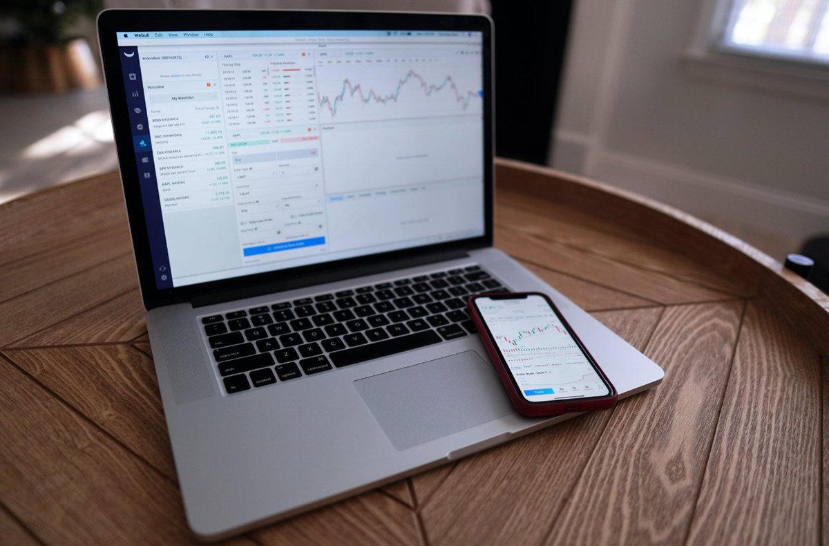 cryptocurrency-chart-analysis-daily